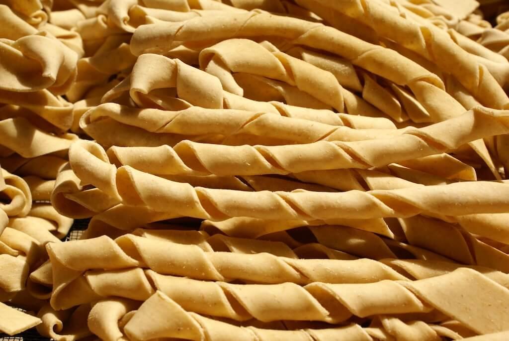 Sagne ncannulate con formaggio ricotta